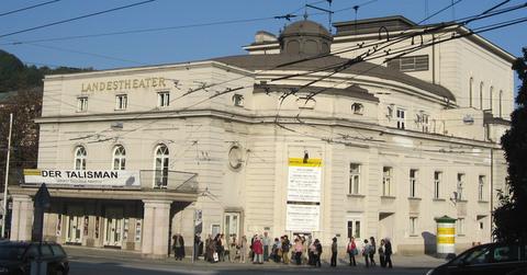 Salzburger_Landestheater.jpg